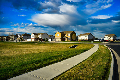 Does an HOA Disclosure Packet Effectively Protect a Home Buyer?